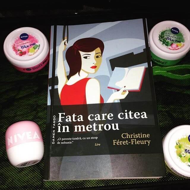 Fata care citea în metrou de Christine Feret-Fleury